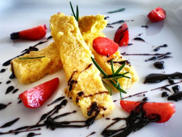 Polenta Slices + Balsamic Strawberries 01