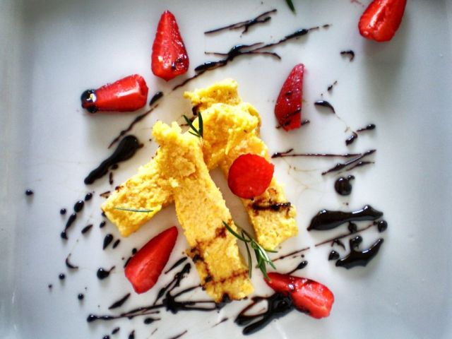 Polenta Slices + Balsamic Strawberries 05