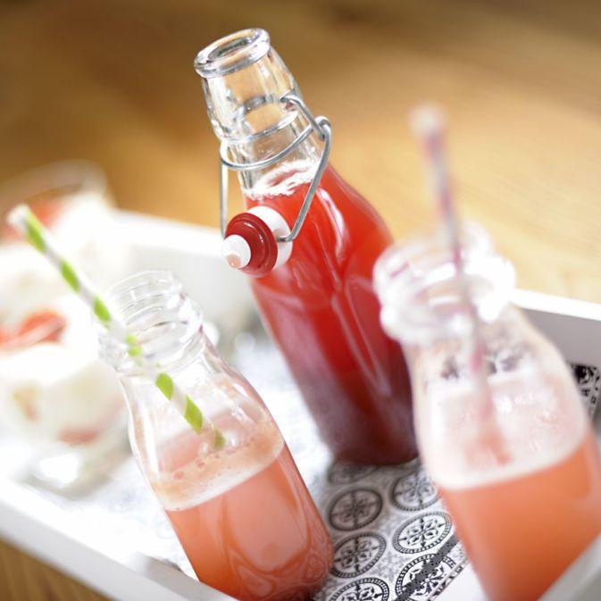 Rhubarb Syrup 01 M