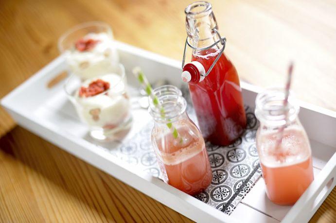 Rhubarb Syrup 02 M