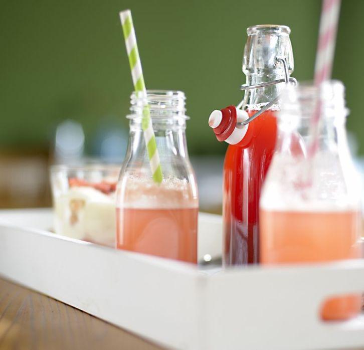 Rhubarb Syrup 03 M