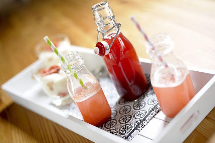 Rhubarb Syrup 04 M