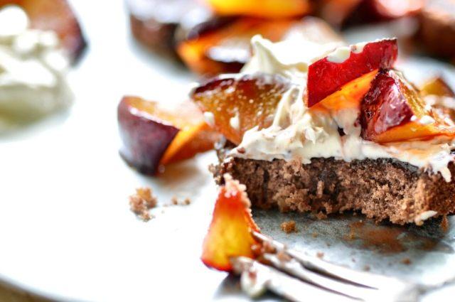 Hazelnut Cake + Roasted Plums 01