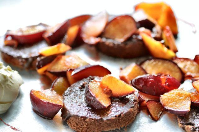 Hazelnut Cake + Roasted Plums 04