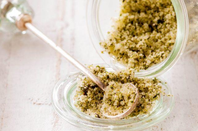 Mediterranean Herb Salt 03