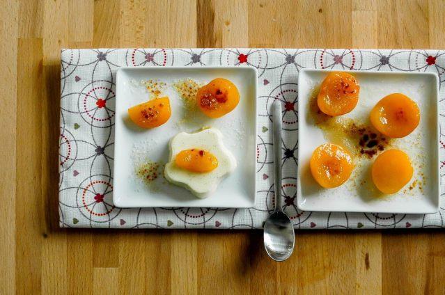Apricot Panna Cotta 01