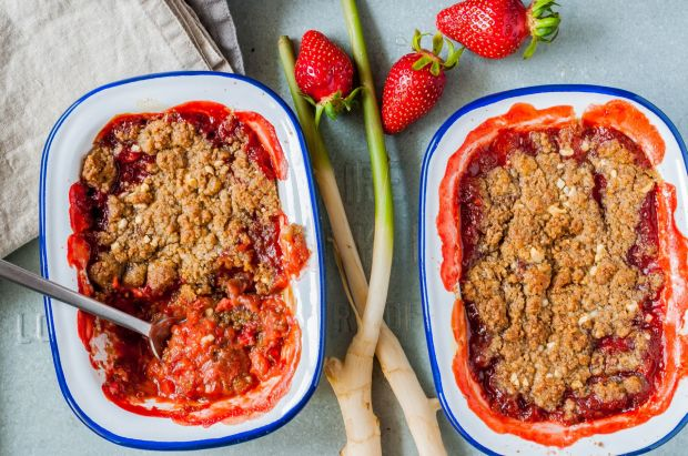 Rhubarb Strawberry Ginger Crumble 02
