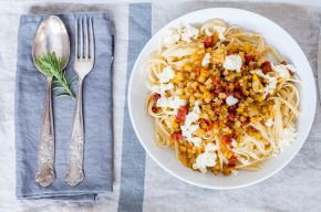 Beet + Salsiccia Pasta 04