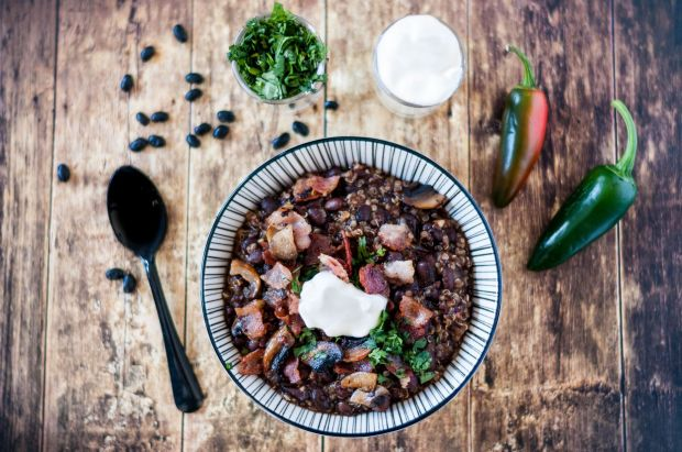 Quinoa + Black Bean Chilli 02