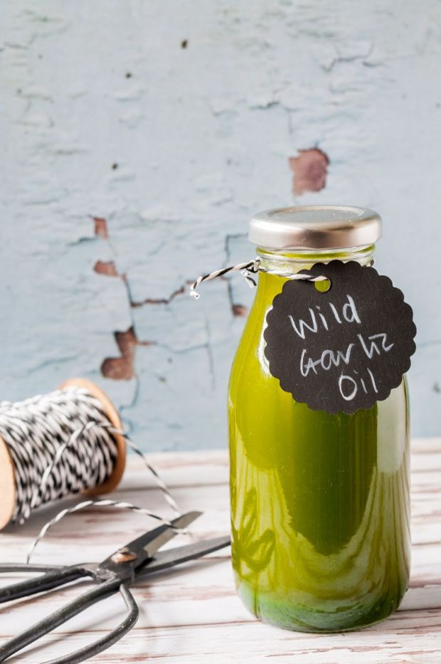 Wild Garlic Oil 01